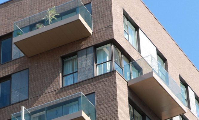 Light coloured balcony soffits and fascias at Greenwich-m117-3