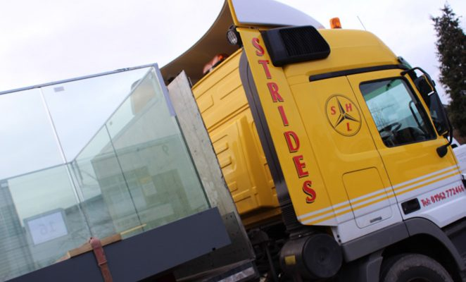 Balconies on flat bed lorry trailer