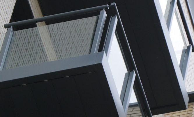 Suttons Wharf balconies with Grey balustrades and glass infills